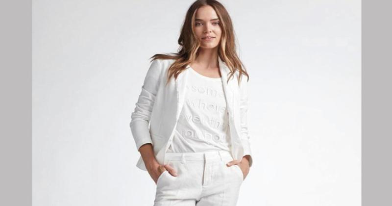 الأبيض يكسو الموضة النسائية في صيف 2020