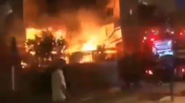 بالفيديو.. انفجار داخل مبنى من 8 طوابق فى منطقة إيلات بإسرائيل