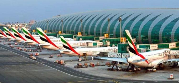 الإمارات تنبه المقيمين التأكدوا من صحة معلومات جواز السفر فى طلب تصريح العودة