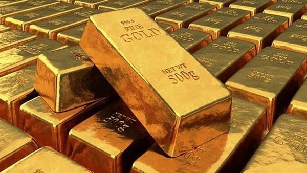 حيازات صناديق المؤشرات من الذهب تزيد 166 طنًا في يوليو