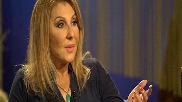 """نادية الجندي: """"ربنا يحفظ لبنان وشعبها من كل شر"""""""
