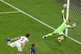 هدف هوملز العكسي يمنح فرنسا الفوز 1-صفر على ألمانيا